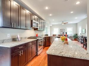 1535 Newton St NE Washington-MLS_Size-008-Kitchen-2048x1536-72dpi